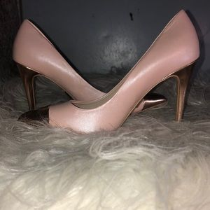Anne Klein Women's High Heel Pumps Size 6M NWOB